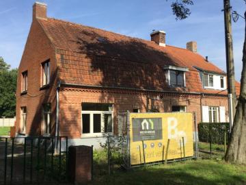 Project in Afbraak/ nieuwe woning in opbouw